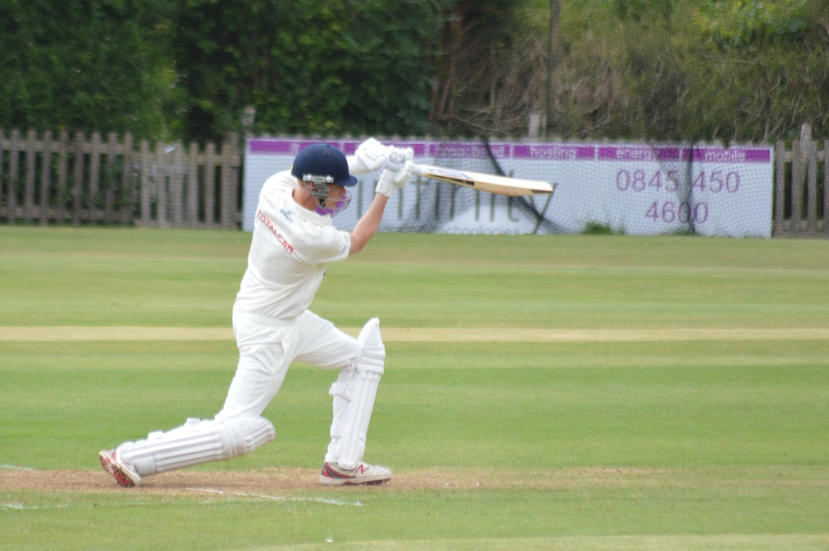 Dyson Continues to Hoover Up Victories with Dominant 2ndXI