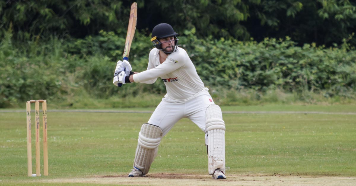 Bowden Ton Fires 2ndXI to Win